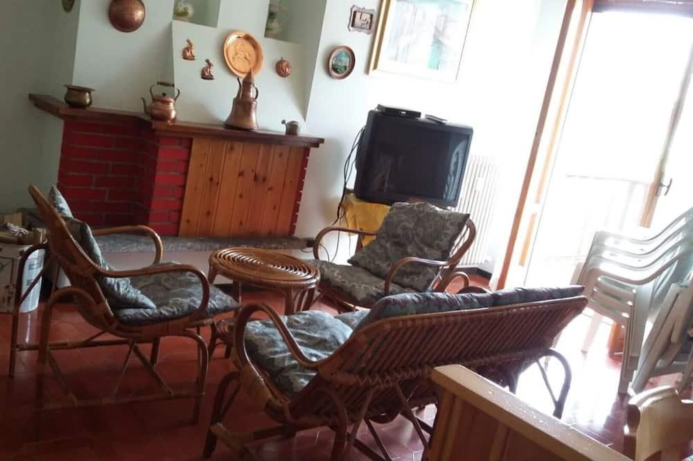 아파트, 침대(여러 개) - 거실