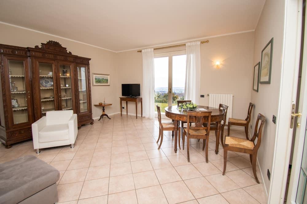 Exclusive Villa, 3 Bedrooms - Living Area