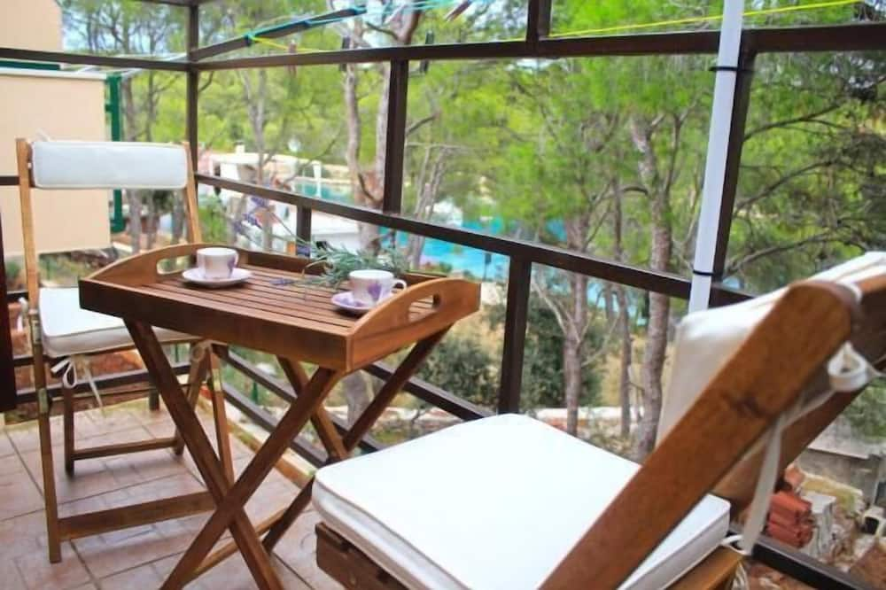 Apartment (Two Bedroom Apartment with Patio) - Terrace/Patio