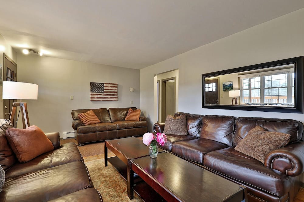 House, Multiple Beds - Living Room