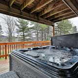 House, Multiple Beds - Private spa tub