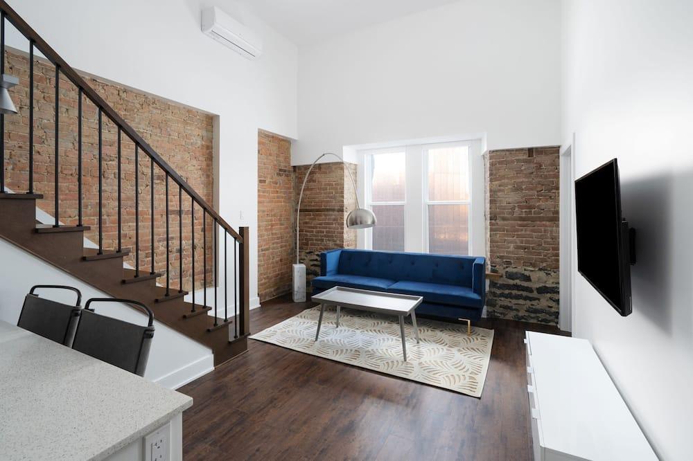 Superior Suite, 3 Bedrooms - Living Room