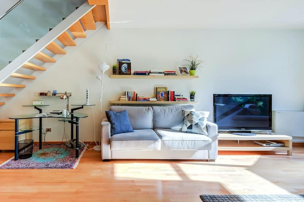 Apartment (3 Bedrooms) - Living Area