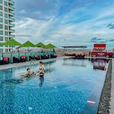 GLOW Pattaya, Pattaya (and vicinity)