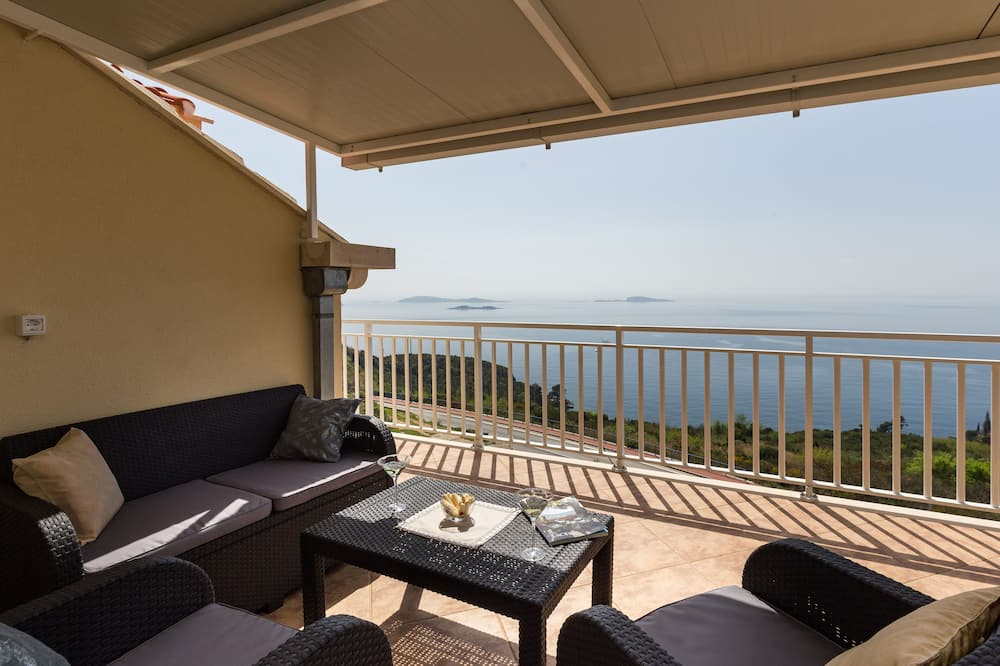 Apartment (Two Bedroom Apartment with Balcony) - Balcony