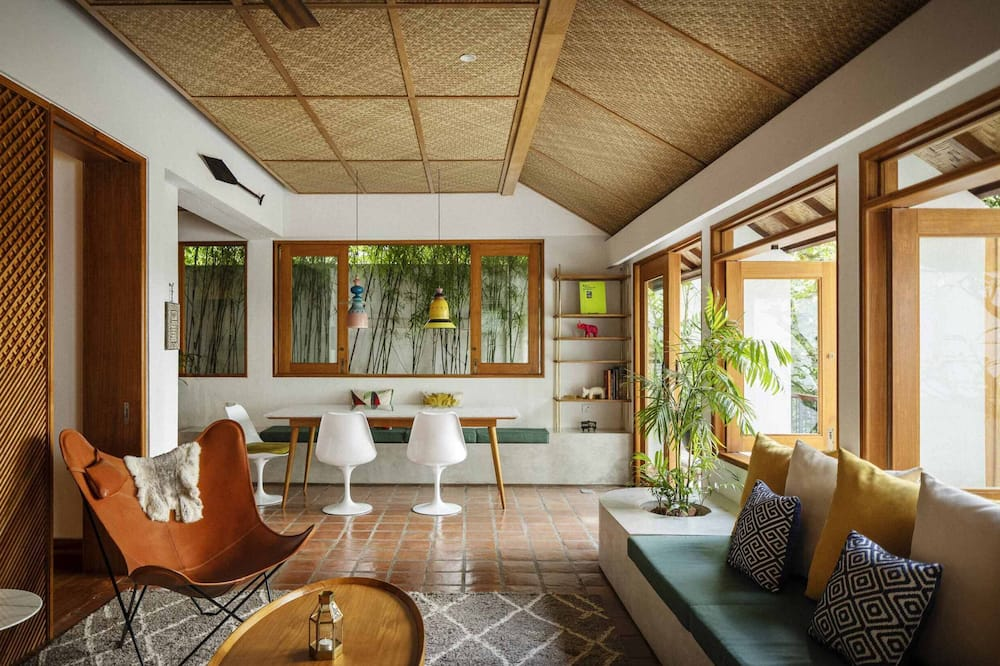 Luxury Two Bedroom Pool Villa - Living Area