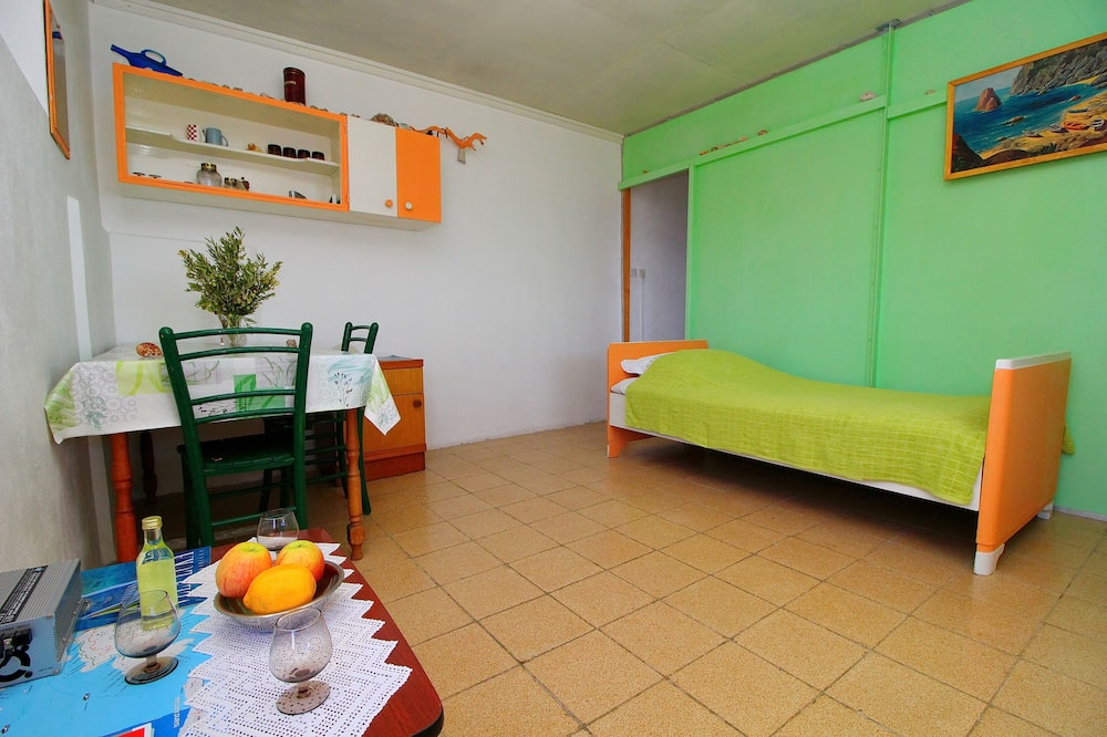 House (Two Bedroom House with Terrace) - In-Room Dining