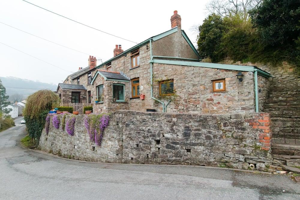 Traditionele cottage, privébadkamer, uitzicht op bergen - Buitenkant