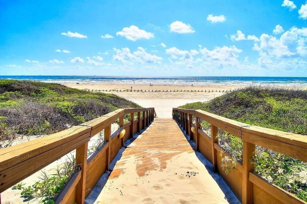 Condo, 2 Bedrooms - Beach