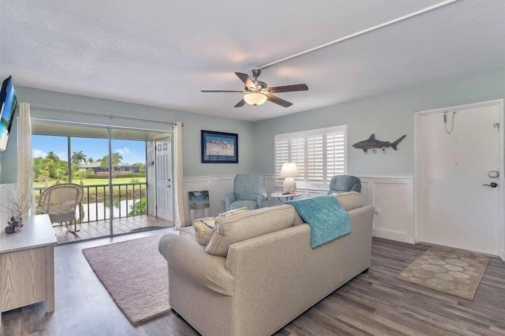 Condo (Spanish Cay B4) - Living Room