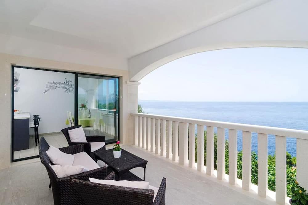 Apartmán (Two Bedroom Apartment with Balcony) - Balkón