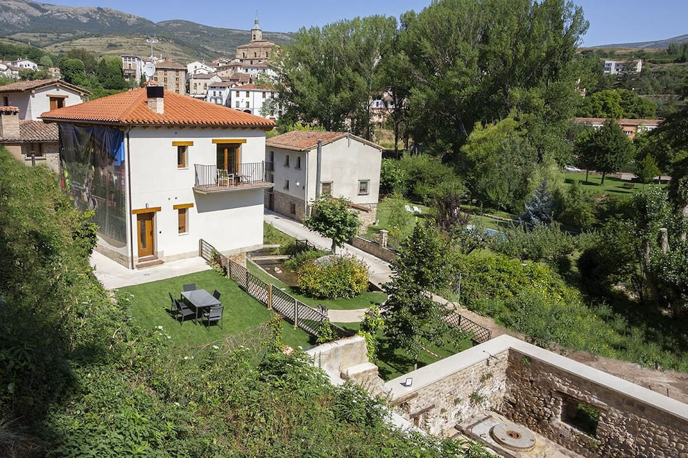 Accessible Rural Apartments La Rioja