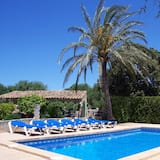 Beautiful Rustic Mallorcan House With Private Pool Near Cas Concos