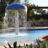 Leilighet, flere senger (Lucaya 3 Bedroom 2 Bath Townhome!) - Svømmebasseng