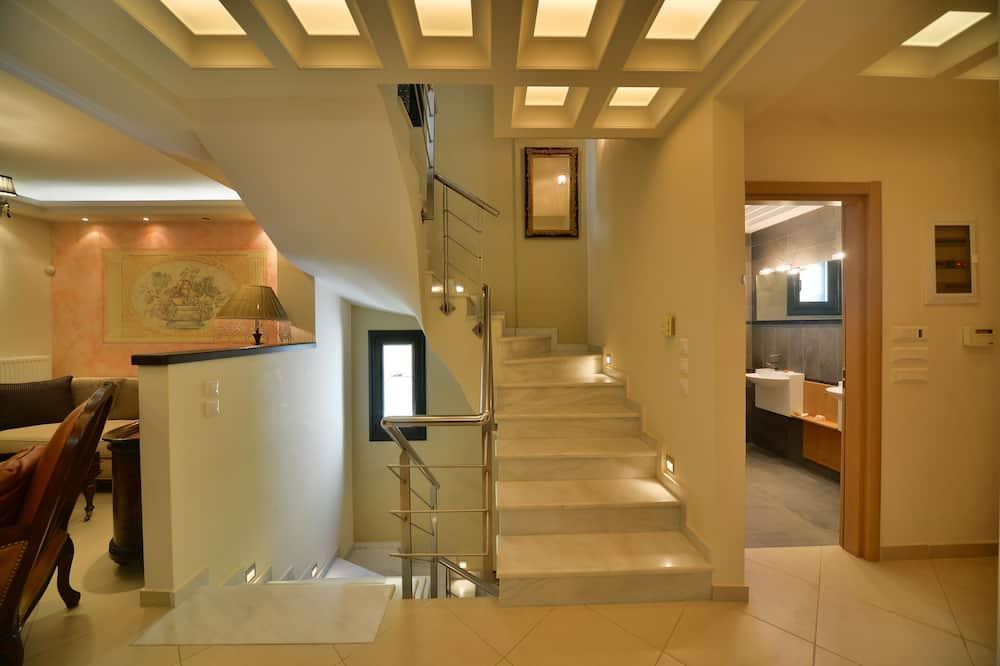 Vila, súkromný bazén - Obývacie priestory