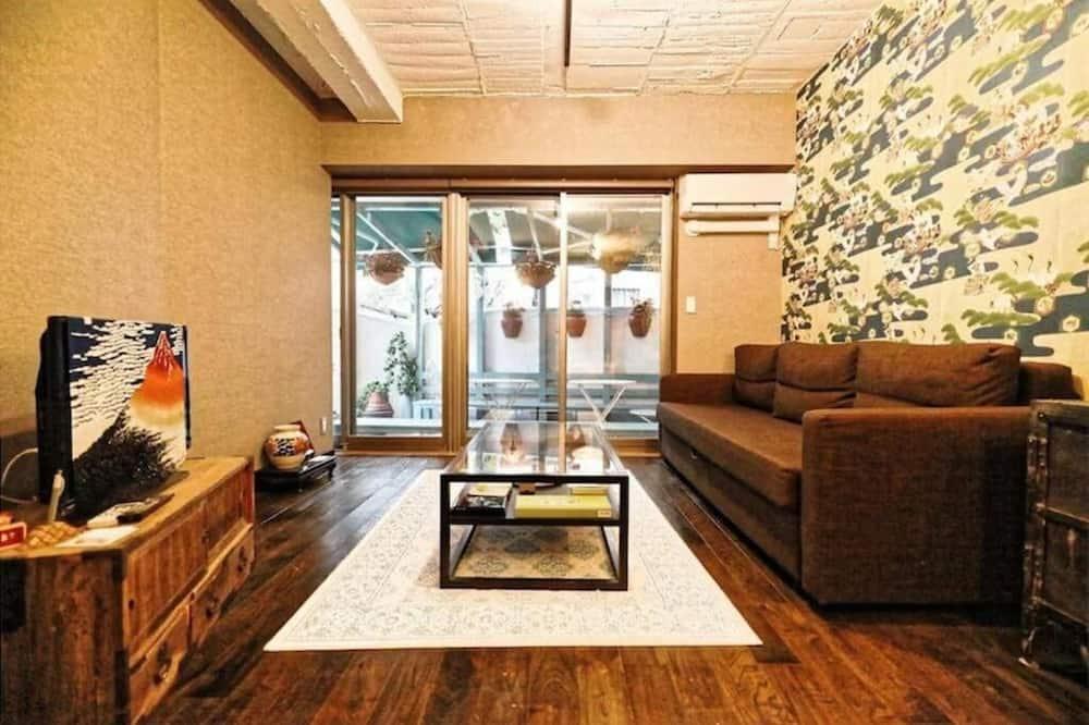 Dom, nefajčiarska izba - Obývacie priestory