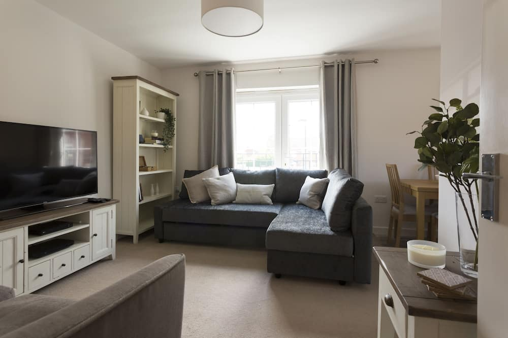 The Rectory Apartment + Free Parking