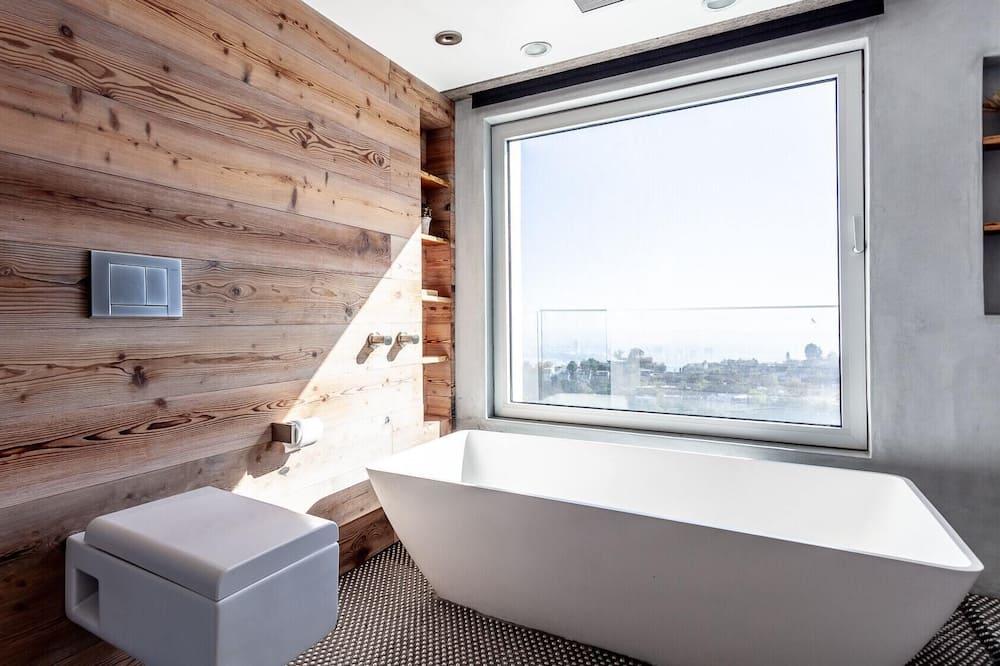 อพาร์ทเมนท์ (3 Bedrooms) - ห้องน้ำ