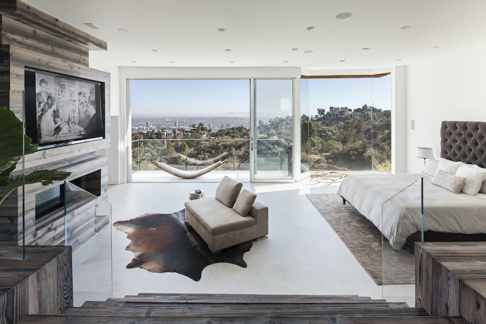อพาร์ทเมนท์ (3 Bedrooms) - ภาพเด่น