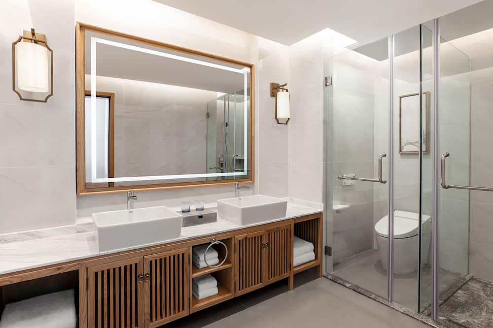 Suite - 1 kingsize-seng - balkon - udsigt (All Seaview) - Badeværelse