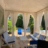Meravigliosa Villa a 20 mt Dalla Spiaggia in Residence per 8 Ersone