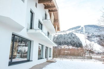 A(z) Tevini Boutique Suites by we rent hotel fényképe itt: Zell am See síterep