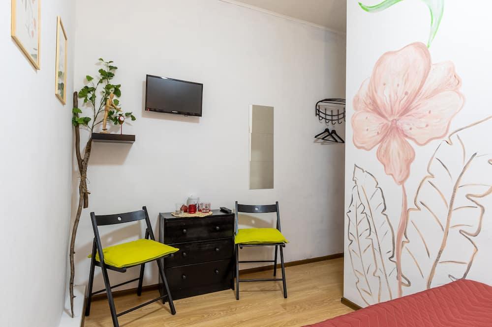 Habitación, 1 cama Queen size, baño compartido - Sala de estar