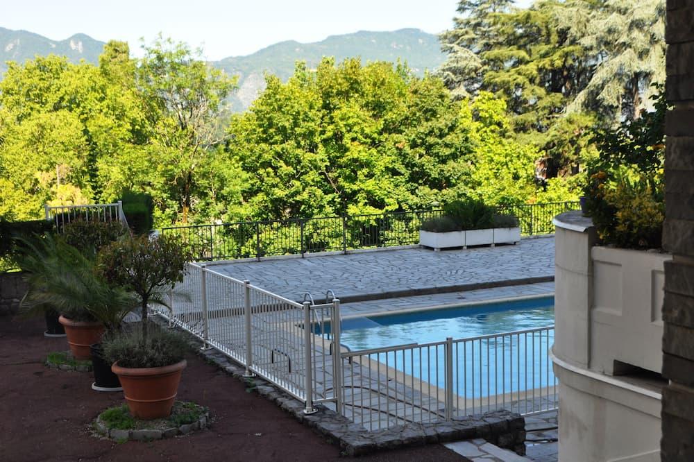 Apartment, Ensuite, Garden View (L'Aparté 118) - Pool