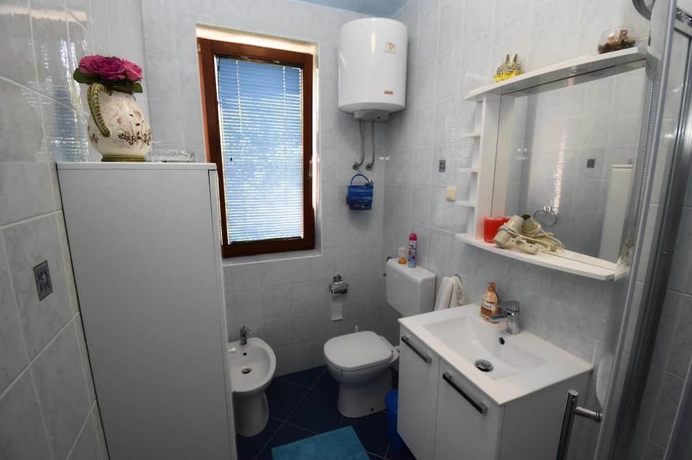 Apartment, 1 Bedroom, Non Smoking - Bathroom