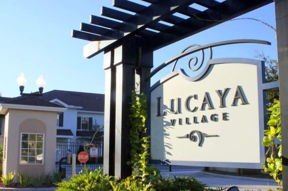 Lucaya 4 Bedrooms 3 Baths Family Friendly Townhome