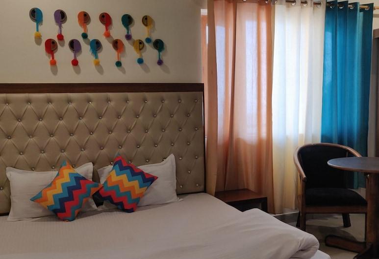 goSTOPS Mussoorie, Mussoorie, Deluxe Double Room, Guest Room