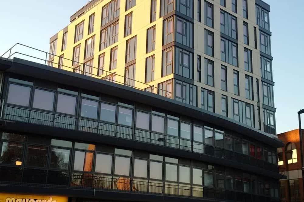 Modern Studios SOUTHAMPTON