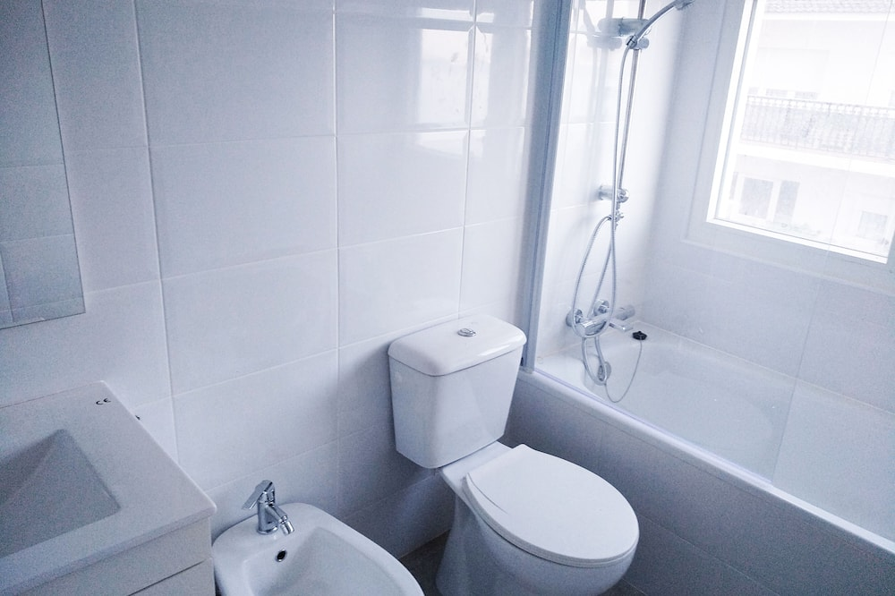 Huoneisto, Useita sänkyjä - Kylpyhuone