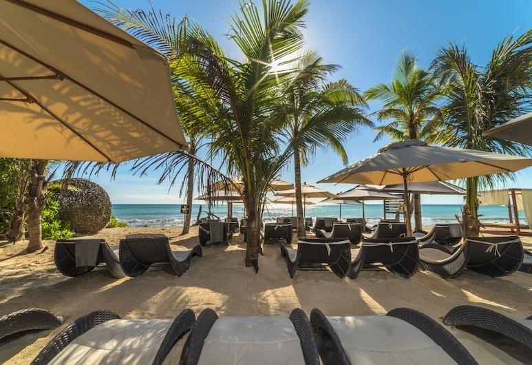 Mvngata Boutique Hotel, Playa del Carmen, Beach