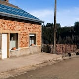 Attractive Holiday Home in Orchimont With Fenced Garden