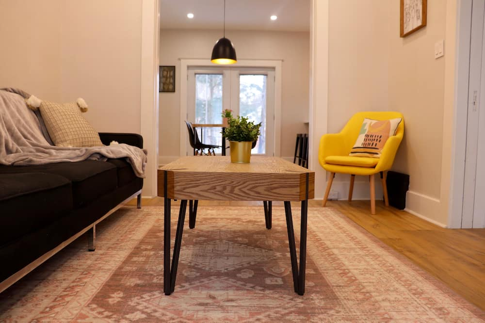 Luxury House - Living Area