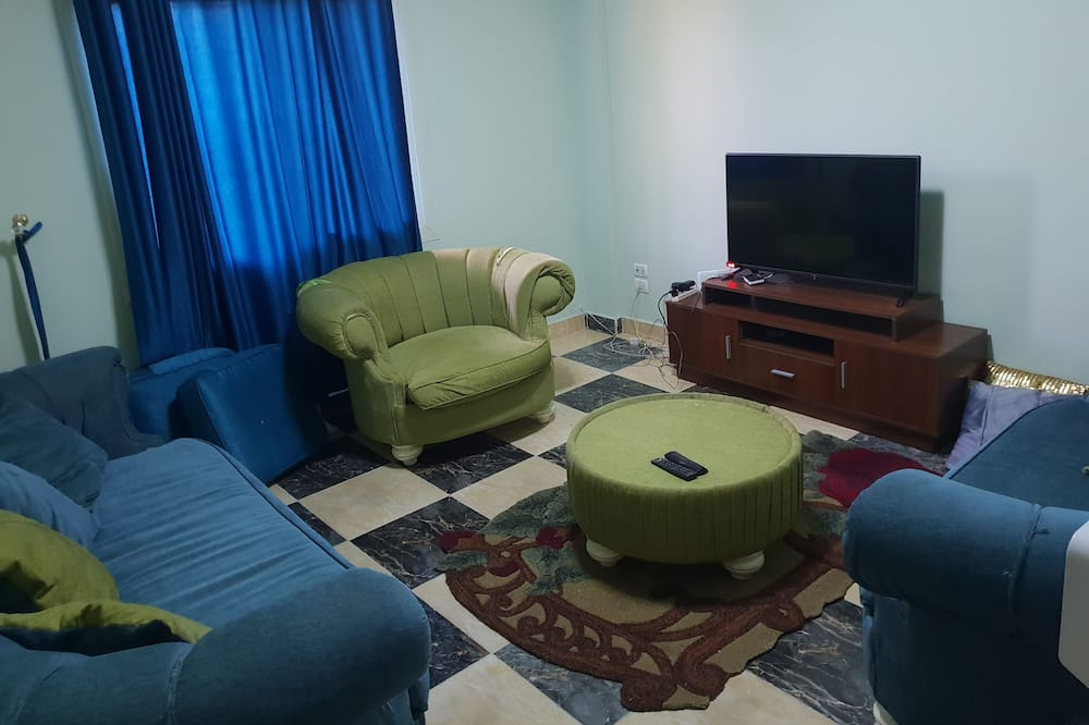 apartmint in beverly hills, Sheikh Zayed City