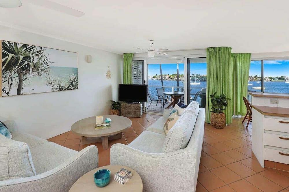 Apartament, 3 sypialnie - Zdjęcie opisywane