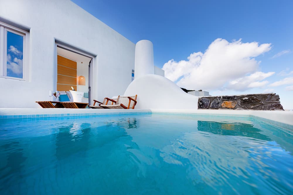 Panoramic stuudiosviit, 1 ülilai voodi, mullivanniga, vaade merele - Tuba
