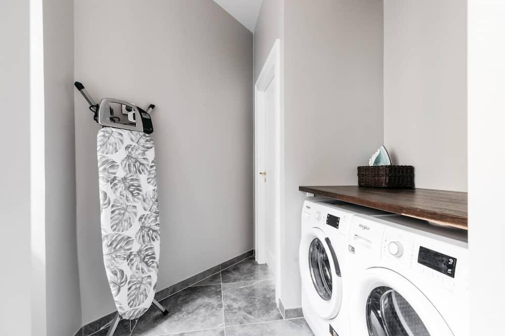 Apartment - Laundry