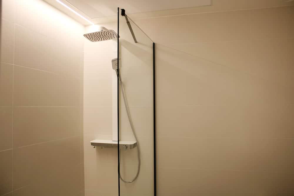 Phòng đôi, Hiên - Phòng tắm