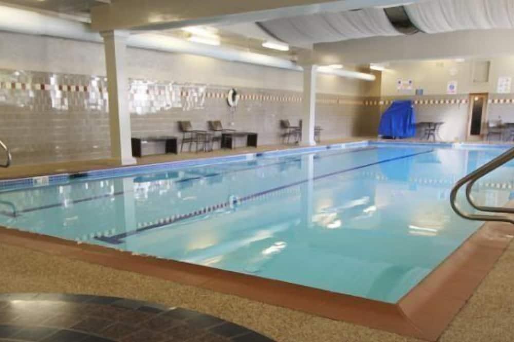 Condo (Enjoy a Ski Vacation at Pollard Brook) - Pool