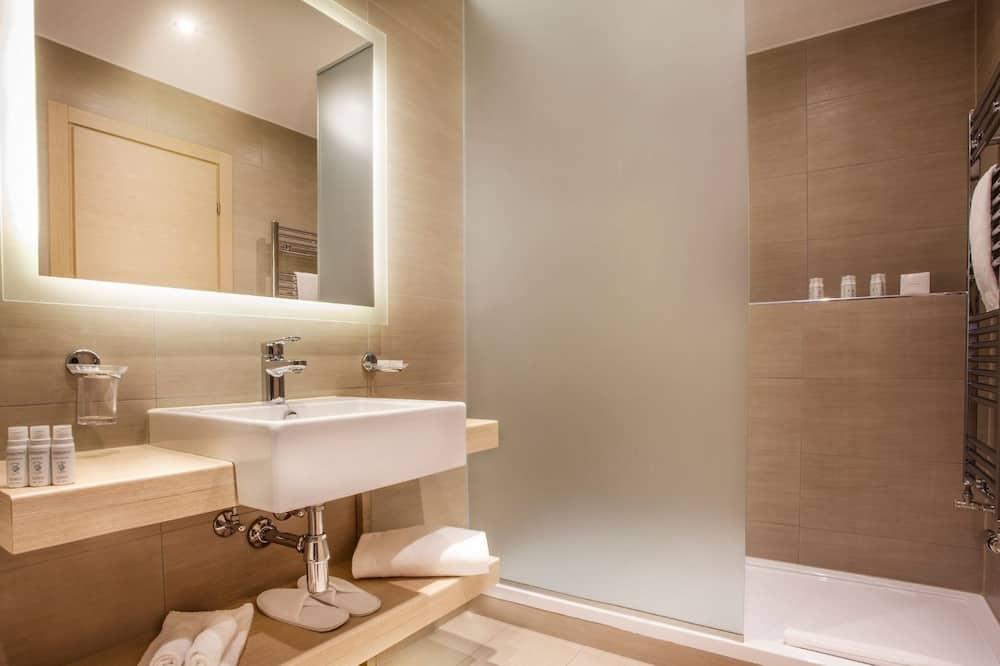 Superior-studiosviitti - Kylpyhuone