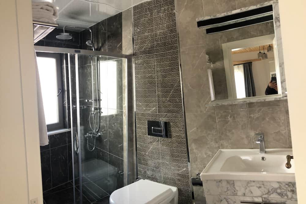 Трехместный номер «Эконом» - Ванная комната