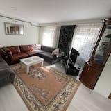 Pilsētklases kooperatīva tūristu mītne - Dzīvojamā istaba