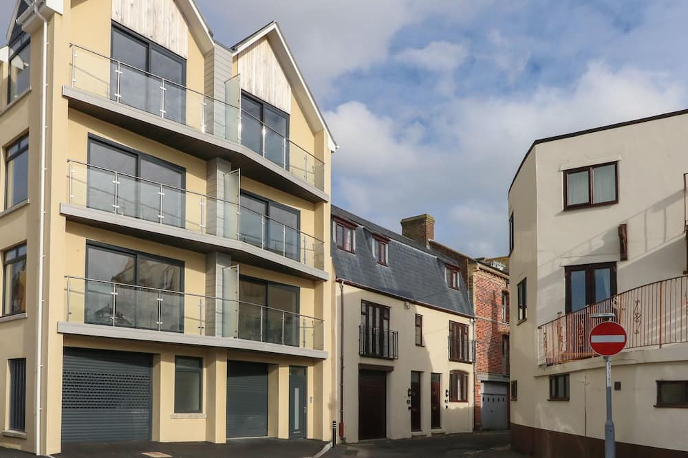 Harbourside Haven Penthouse 2, Weymouth