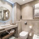Junior Suite, 1 Bedroom - Bilik mandi