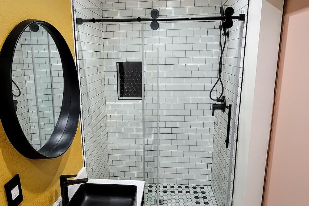Deluxe-værelse - 1 kingsize-seng - ikke-ryger - Badeværelse