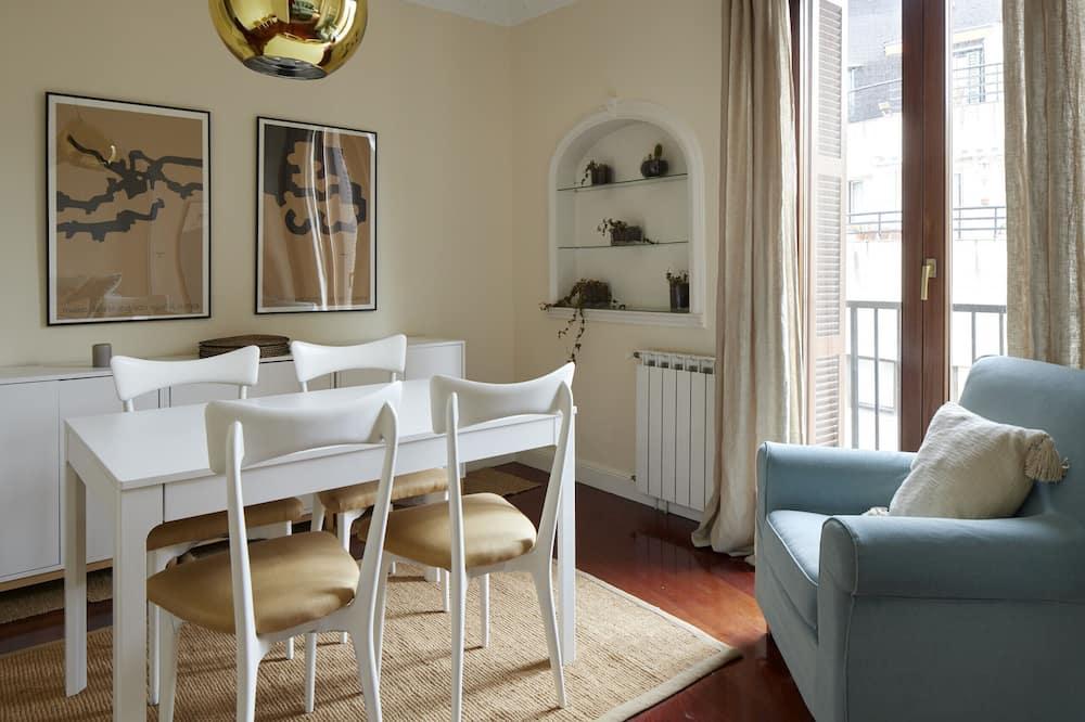 Apartmán, 3 ložnice, kuchyně - Obývací pokoj