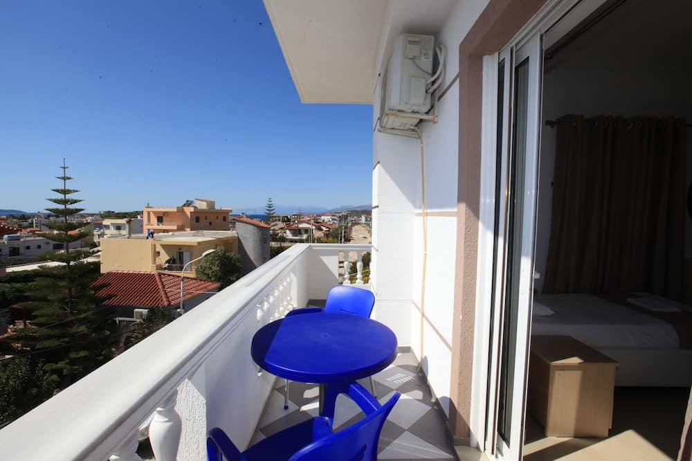 Triple Room, Balcony - Balkoni